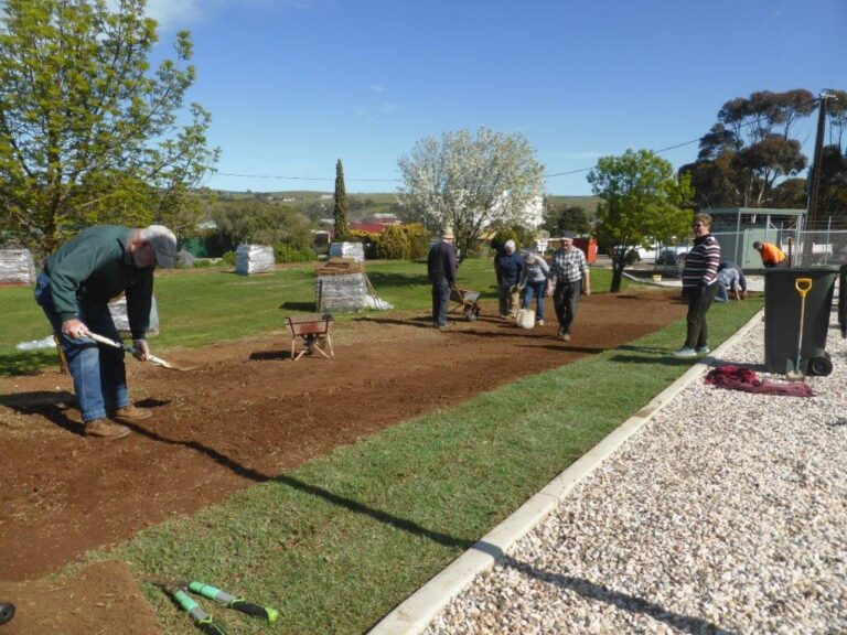 Eudunda Hospital Garden Looks A Picture