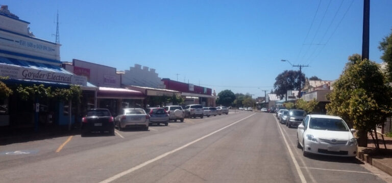 Eudunda Main Street – A Busy Sunday