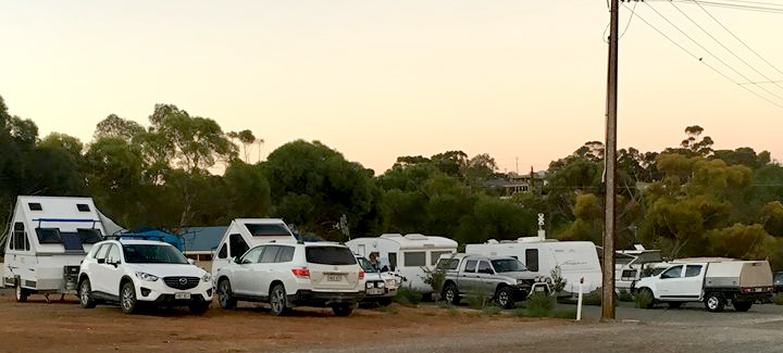 Caravan Park Full - 4 PLUS 2 - Adelaide Cup Long Weekend 100318 - photo Lee