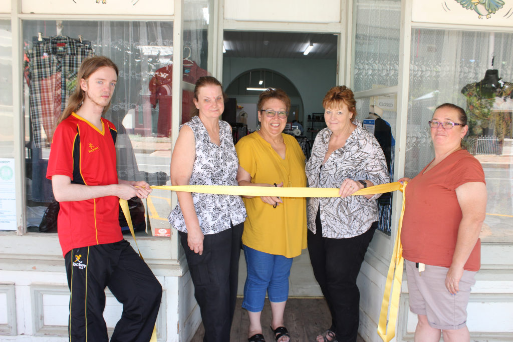 Eudunda Community Op Shop - Ribbon Cutting