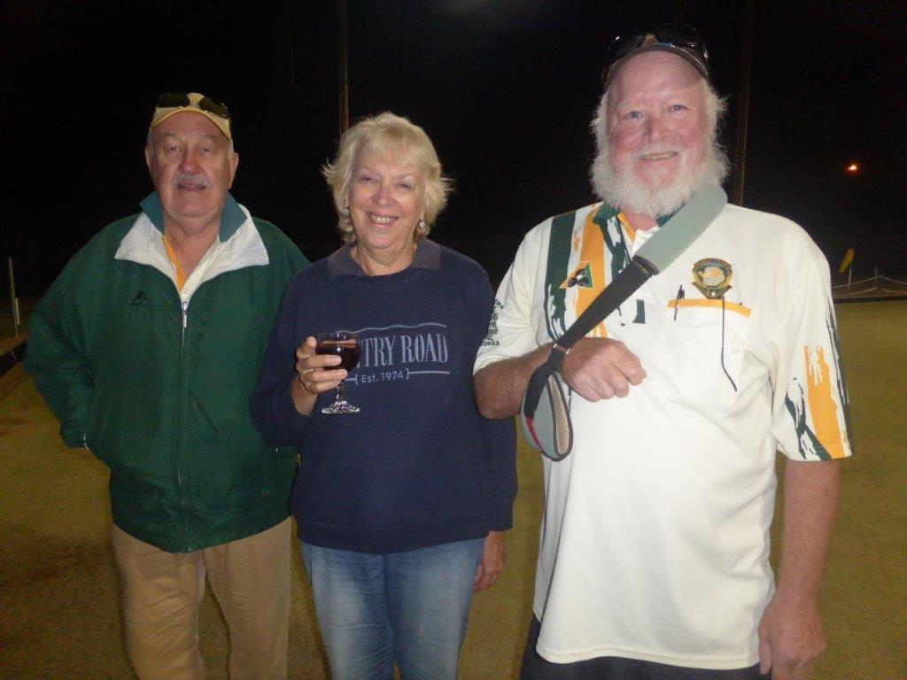 Eudunda Night Bowls Runners-up Top 8 Robbie Rebels Neil Eberhard, Wendy Schmidt, Ron Dunsdon