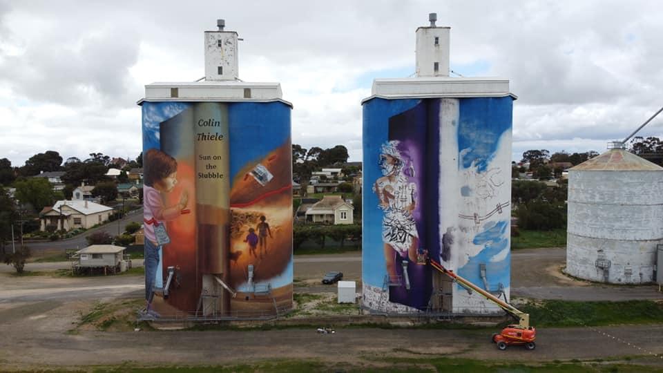 Eudunda Silo Art - Painted Continues 5th Sept - Photo Peter Hepburn