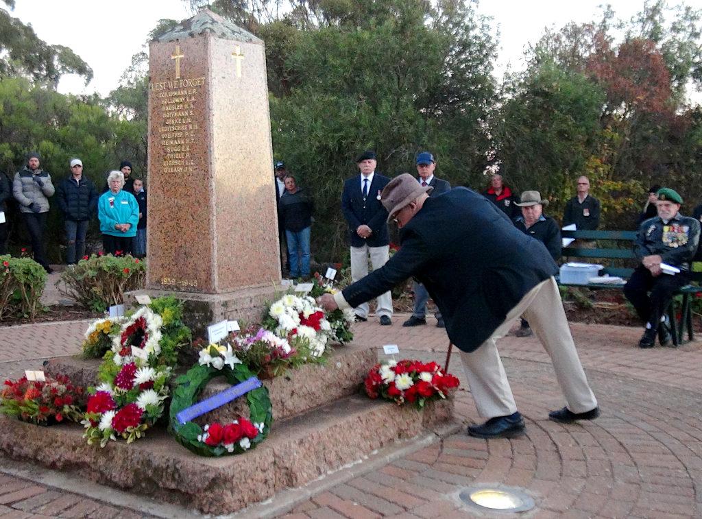 John Stephens laid wreath on behalf of Eudunda Hostel at ANZAC Dawn Service